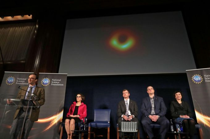 The Team Behind The First Black Hole Photo Wins 'Oscar Of The World Of Science'